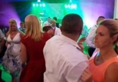 Despacito... Kto wyznał miłość w 14 sekundzie filmu na weselu Oli i Rafała?